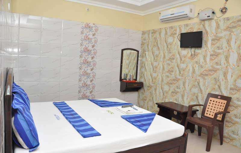 Hotel Ishwarya A/C - Rameswaram | Hotel Ishwarya A/C - Ramanathapuam | Hotels near temple | Hotel near Rameswaram temple | Hotel near Ramanathaswamy temple | Best Lodge in rameswaram | Best Hotel in rameswaram | Hotels in rameswaram | Lodges in rameswaram | accomodation in rameswaram | Hotel ishwarya A/c | Hotels in ramanathapuram | Lodges in ramanathapuram | Weathers in Rameswaram | Rameswaram Hotels | Rameswaram Lodges | History of Rameswaram
